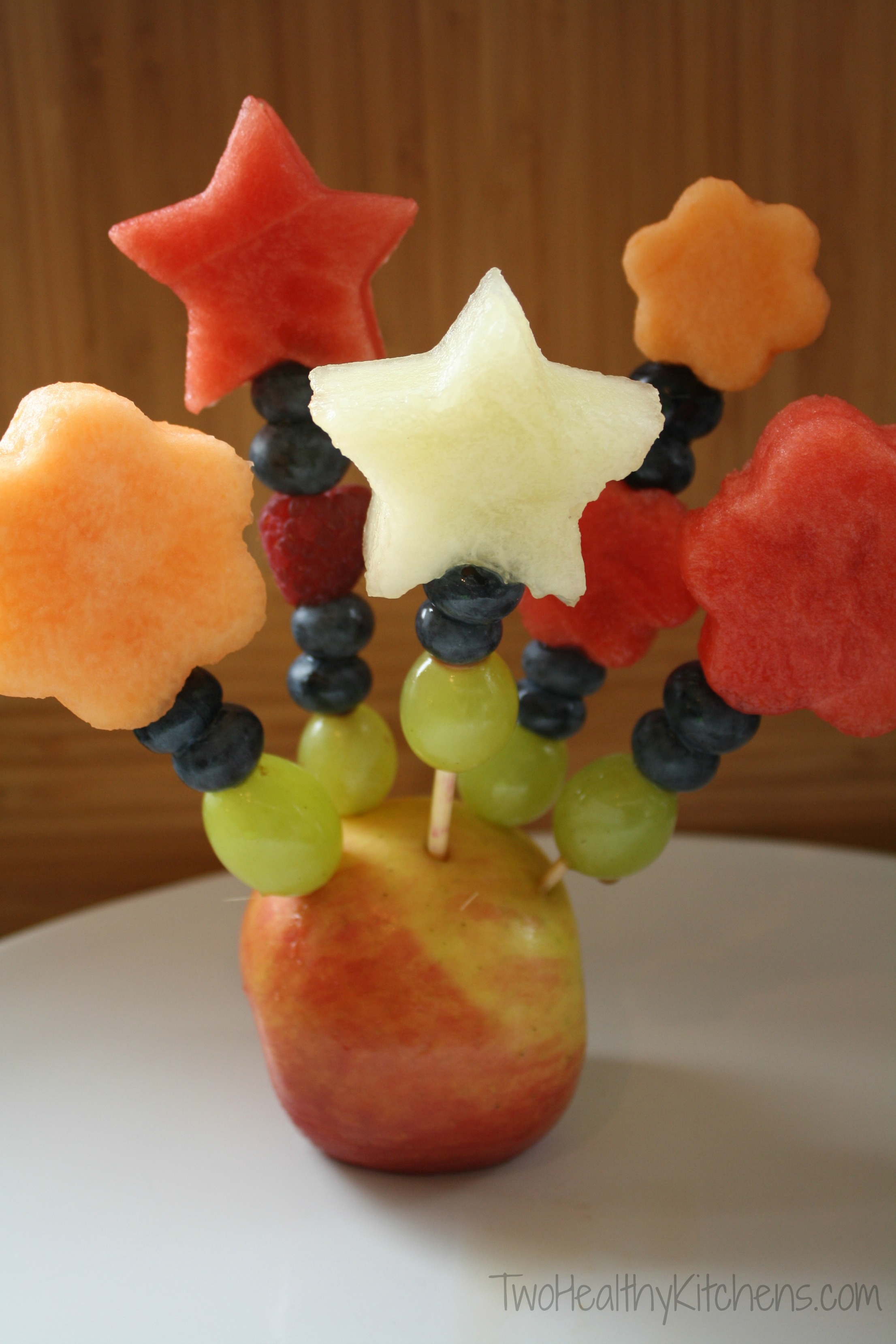 How to Make Fruit Bouquets and Fruit Kabobs — 34 Comments
