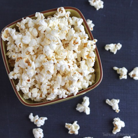 25 Deliciously Healthy Popcorn Recipes {www.TwoHealthyKitchens.com}