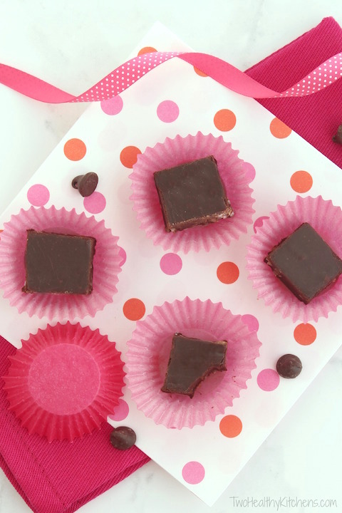 4-Ingredient (No Butter!) Chocolate Fudge with Coconut Recipe {www.TwoHealthyKitchens.com}