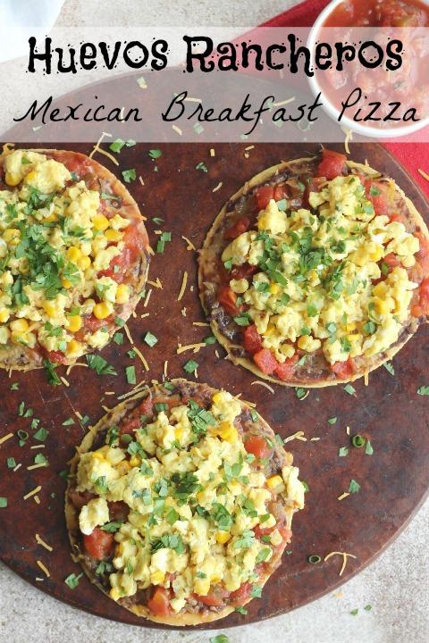 Huevos Rancheros Mexican Breakfast Pizza Recipe {www.TwoHealthyKitchens.com}