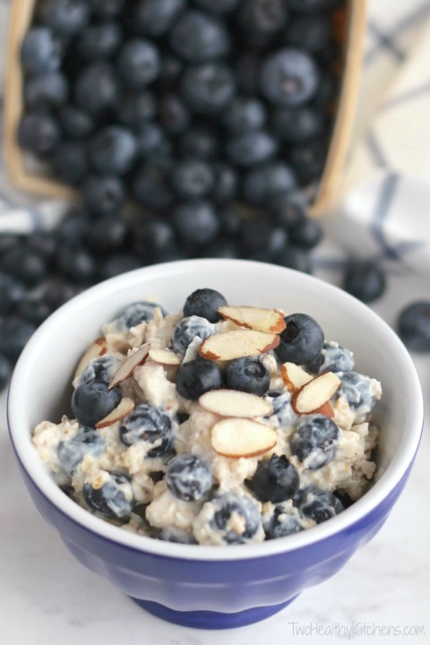 Cool and Creamy, 5-Minute, No-Cook Blueberry-Almond Oatmeal Recipe (With Make-Ahead, Overnight Oats Option, Too!) {www.TwoHealthyKitchens.com}